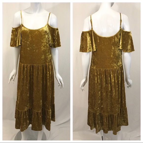 Rebecca Minkoff Dresses & Skirts - Rebecca Minkoff Yellow Gold Crushed Velvet Dress